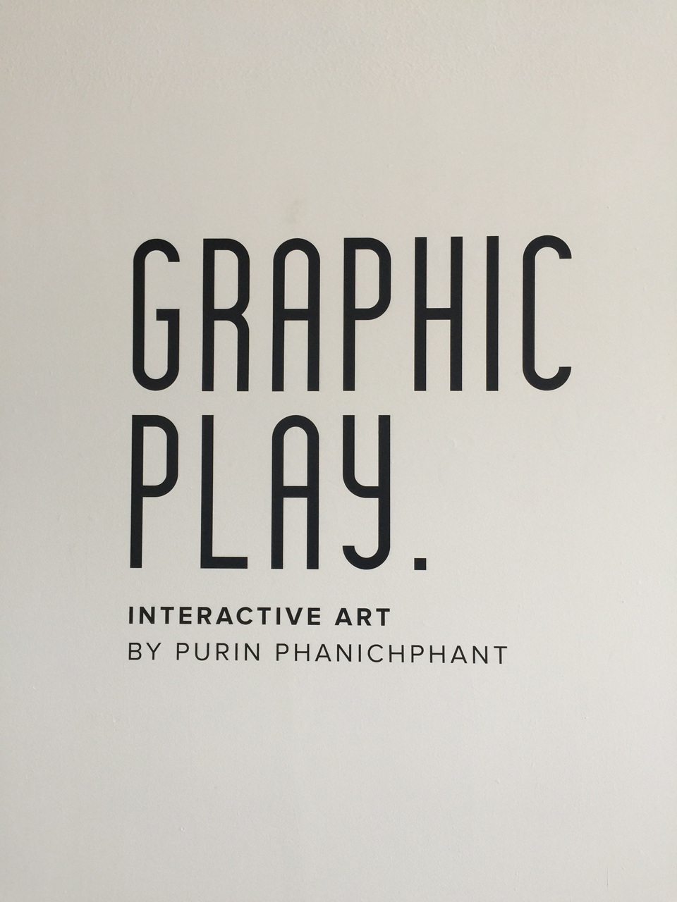 Graphic Play: Purin Phanichphant | micketong com